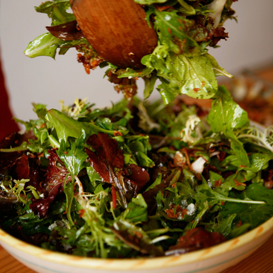 201004-r-shallots-blue-cheese-salad.jpg