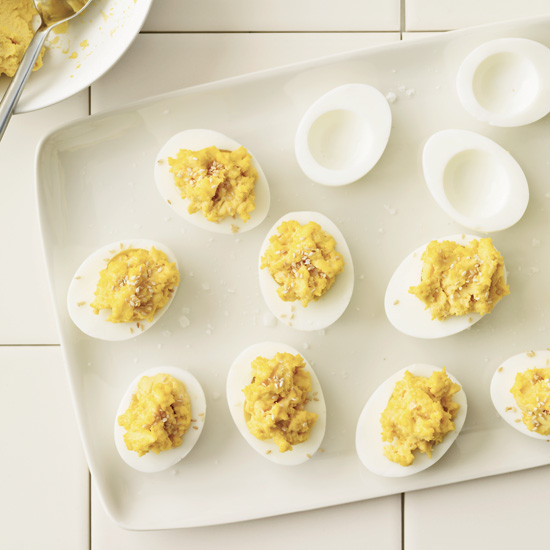 HD-201005-r-hummus-deviled-eggs.jpg