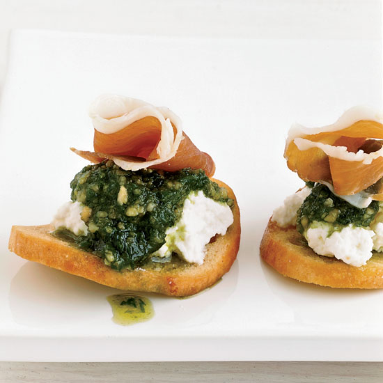 Bagel Chips with Ricotta,  Chive Puree and Prosciutto