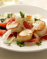 200706-r-scallops-parsley-salad.jpg