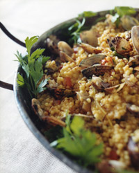 images-sys-fw200709_r_seafoodpaella.jpg