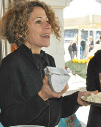 original-201207-a-laura-werlin-fw-cheesemaster-demonstration.jpg
