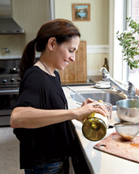 Grace Parisi Cooks with Wine