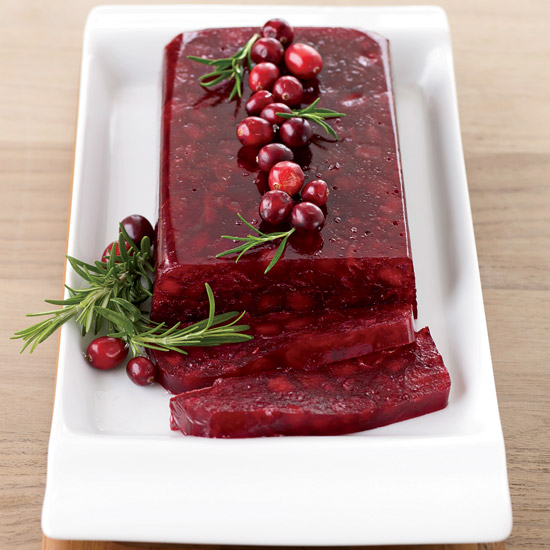 Jellied Cranberry Sauce with Fuji Apple