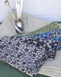 Lovely Liberty Linen Set