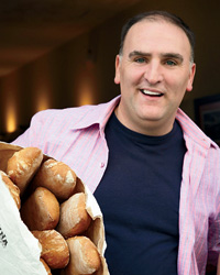 Barcelona Holiday Trip: Superstar José Andrés Eats Cake, Prefers Spanish Pasta to Italian