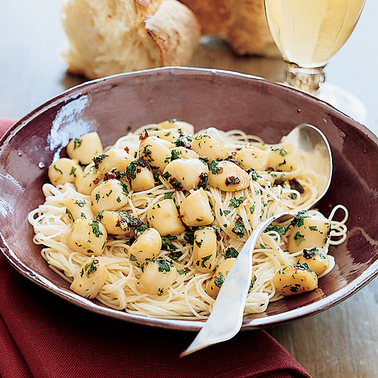 Spicy Scallops with Capellini