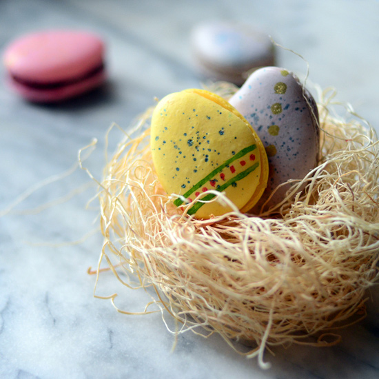 How to Make Macarons Shaped Like Easter Eggs