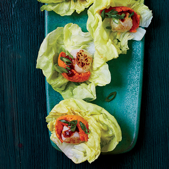 Spicy Uni-Lardo Sushi in Lettuce Cups