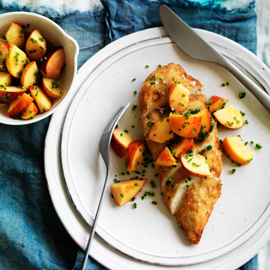 Chicken with Peach-Jalapeño Salsa