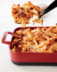 images-sys-201202-a-family-dinner-recipes-baked-ziti.jpg