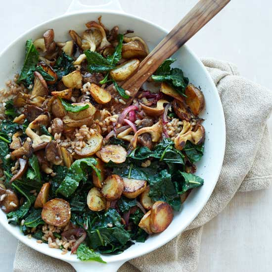 HD-201303-r-sunchoke-kale-hash-with-farro.jpg