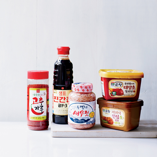 HD-201309-a-korean-pantry-ingredients.jpg