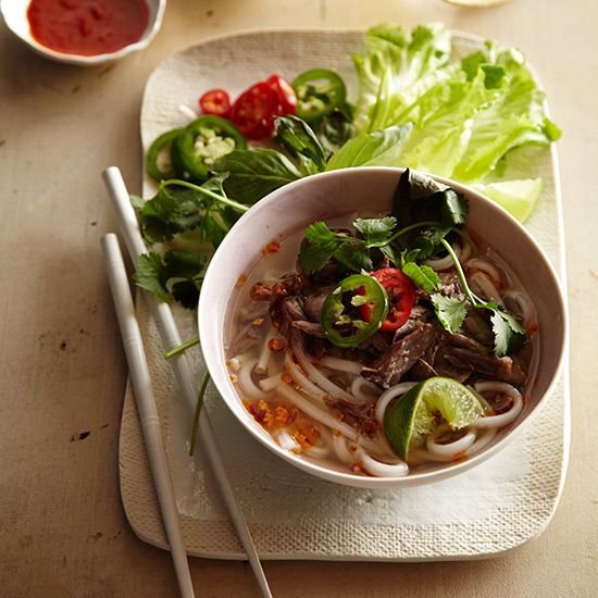 original-201307-HD-how-to-make-pho-step-10.jpg