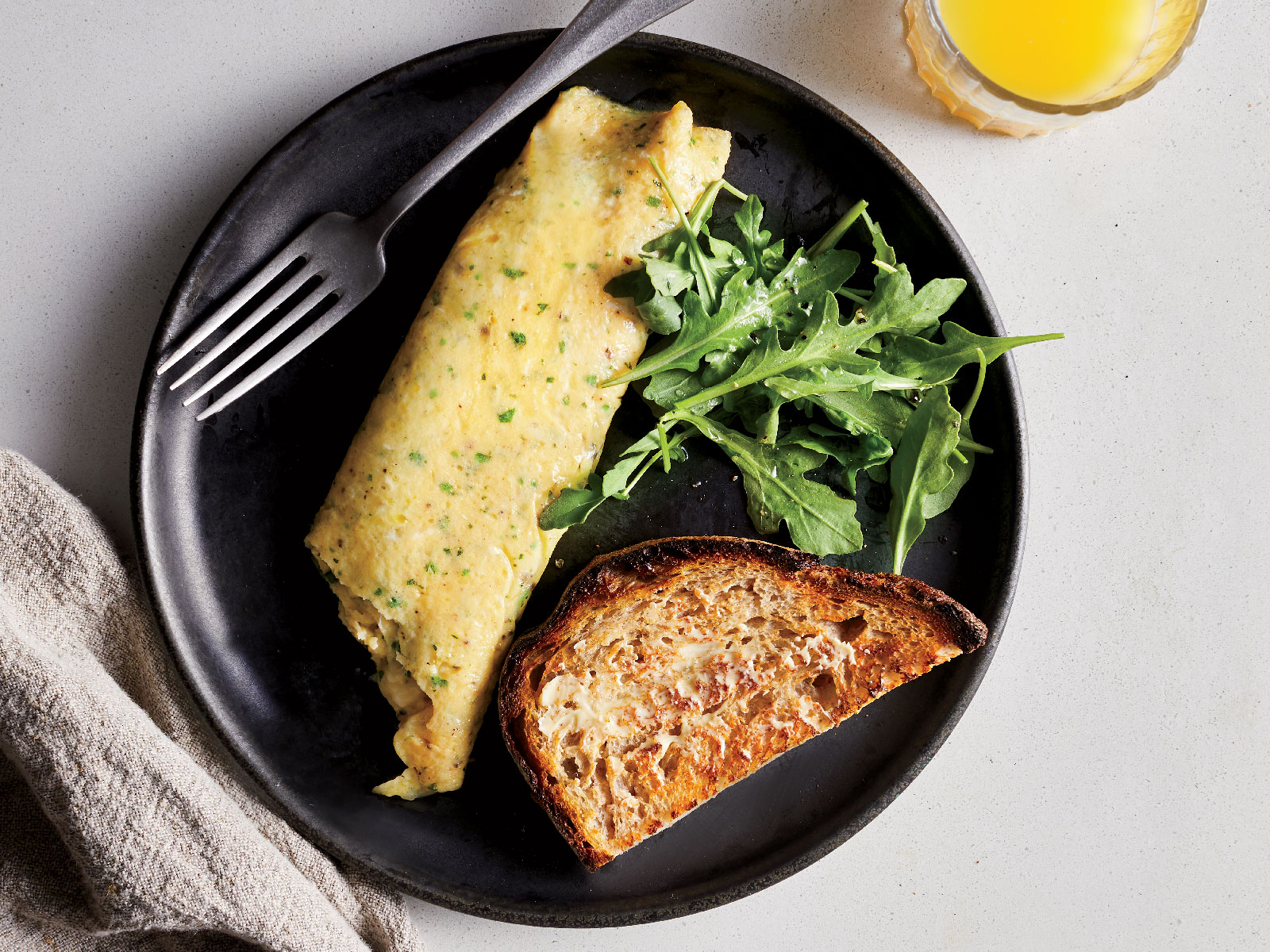 How to Make a French Rolled Omelet