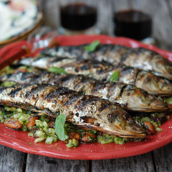 "<h1 itemprop=""name"">Grilled Sardines with Mint and Almonds</h1>"