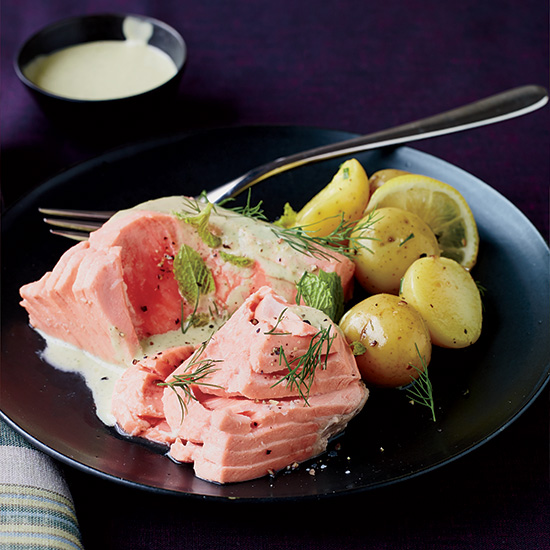 Poached Salmon with Minted Yogurt Sauce