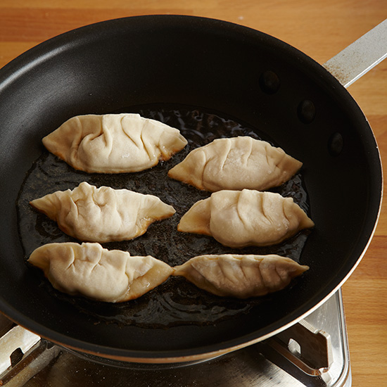 original-201309-HD-how-to-make-dumplings-step-10.jpg