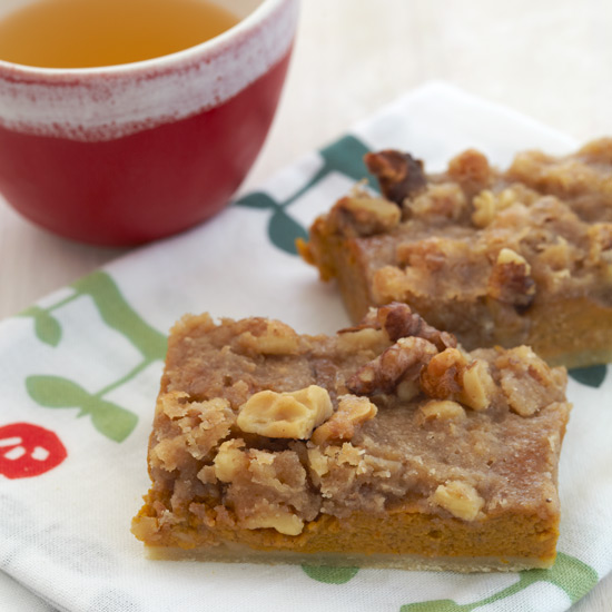 Pumpkin-Walnut Praline Bars