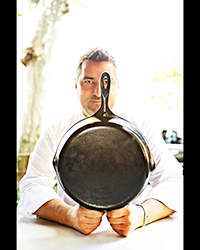 article-201311-HD-treasured-robert-newton-robert-with-pan.jpg