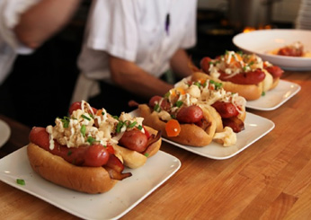 images-sys-201111-zimmern-mn-tilia-hot-dogs-ss.jpg