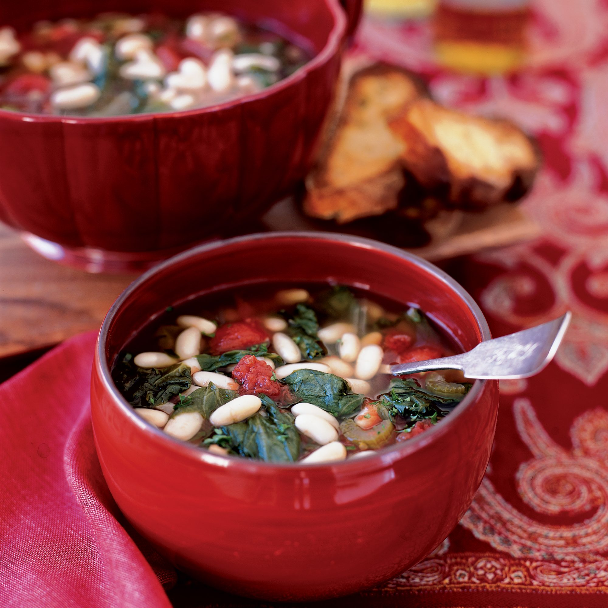200411-r-cannellini-bean-escarole-soup.jpg