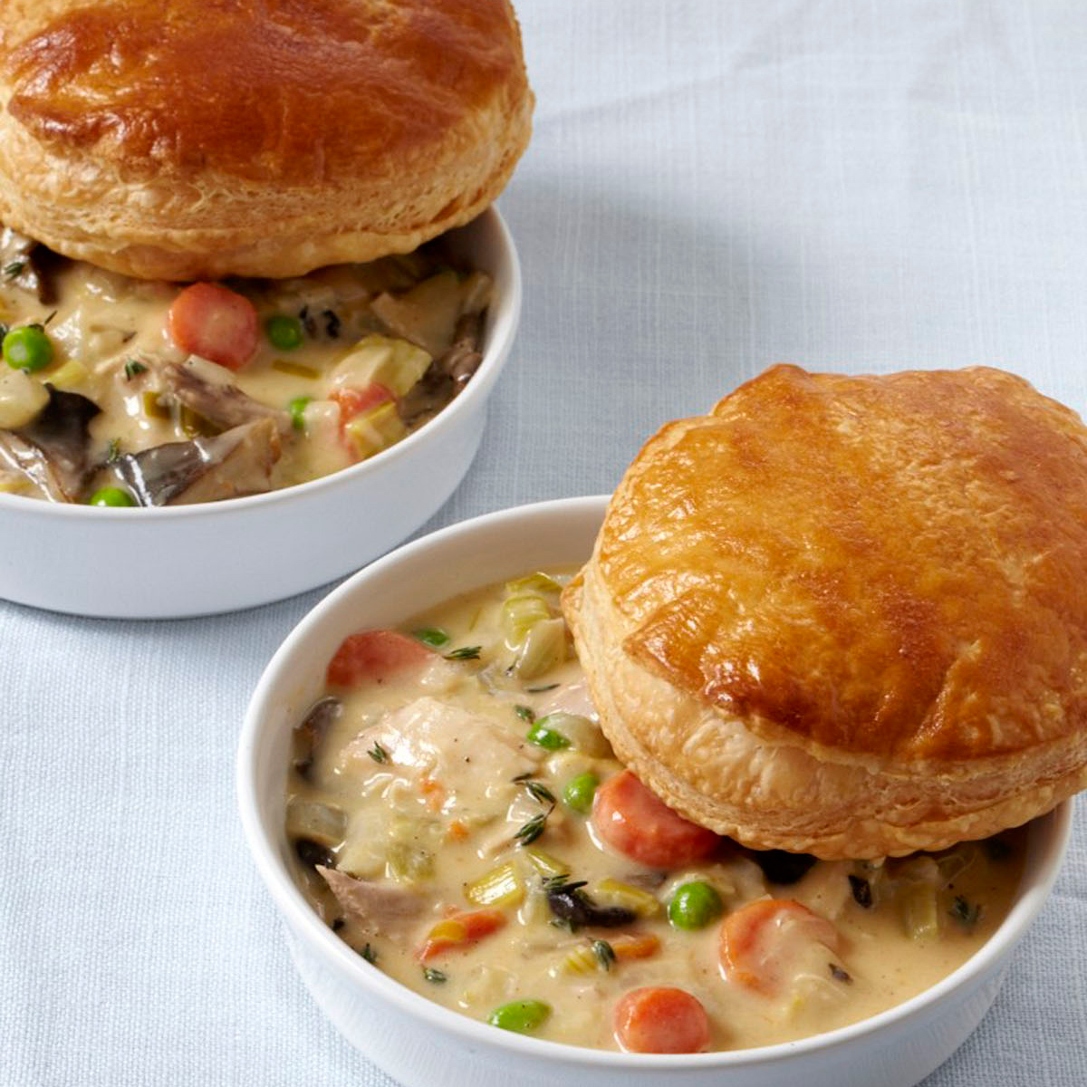 201004-r-chicken-pot-pie.jpg