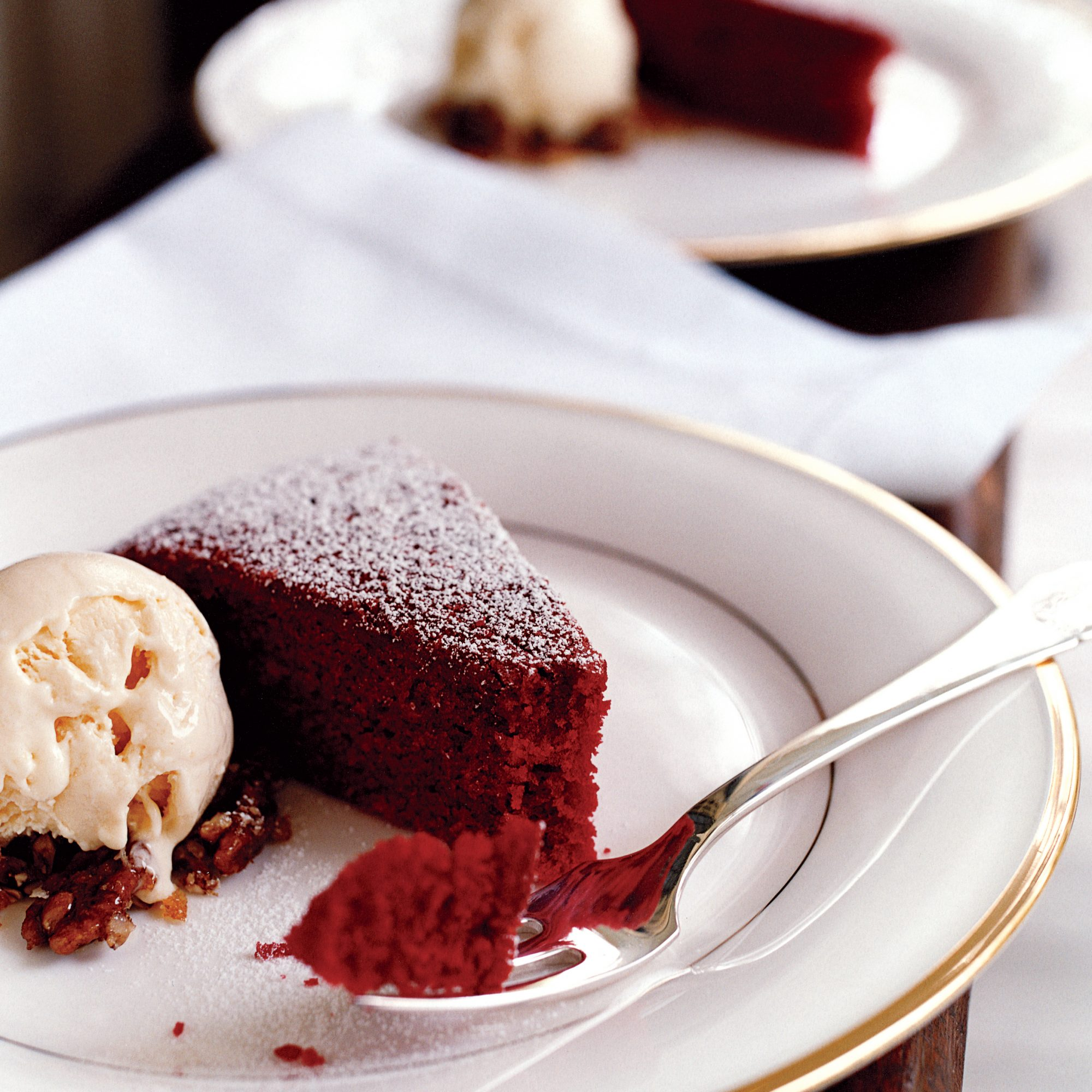 Red Velvet Cake With Cream Cheese Ice Cream Recipe
