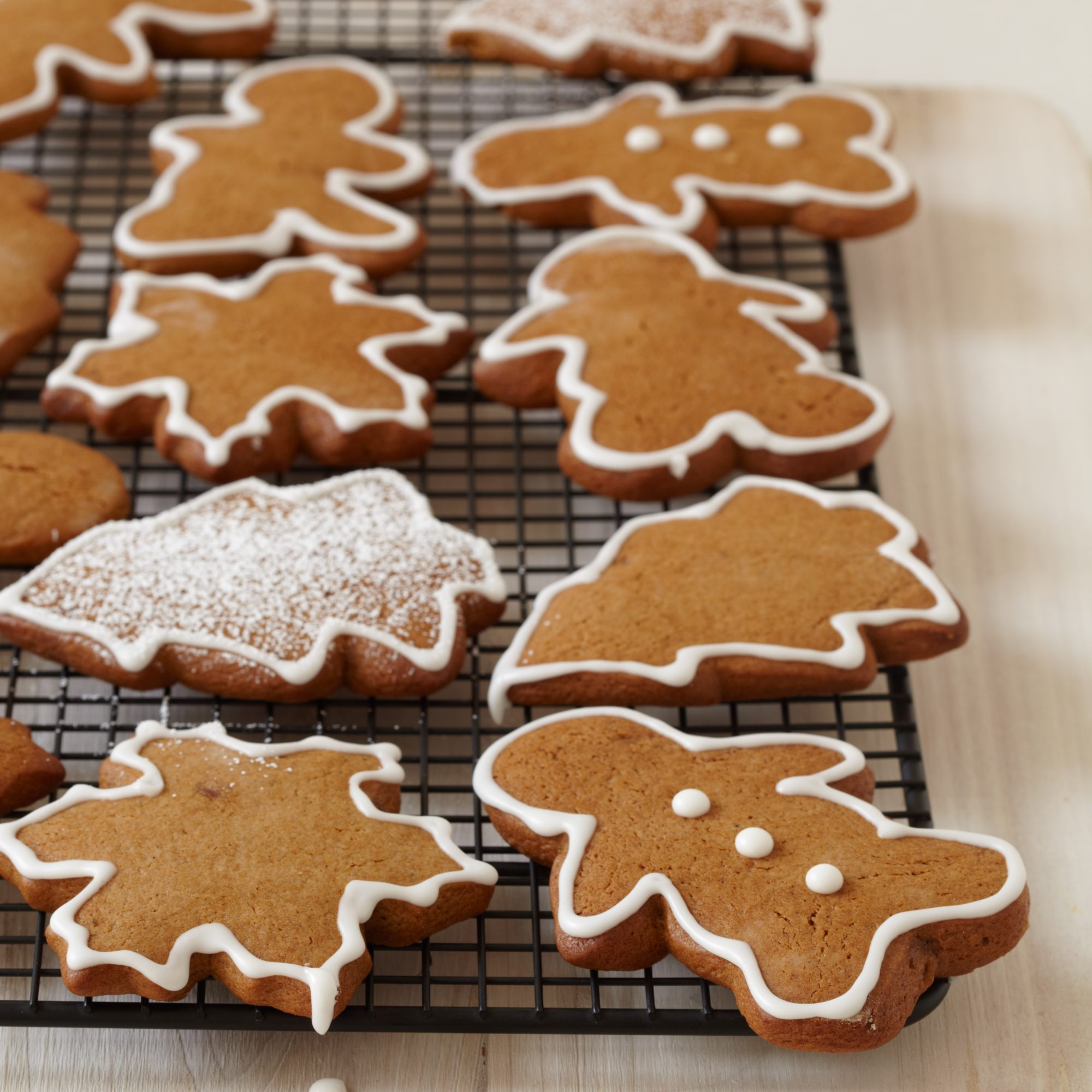 Gingerbread Cookies with Royal Icing Recipe -Michael Mina | Food ...