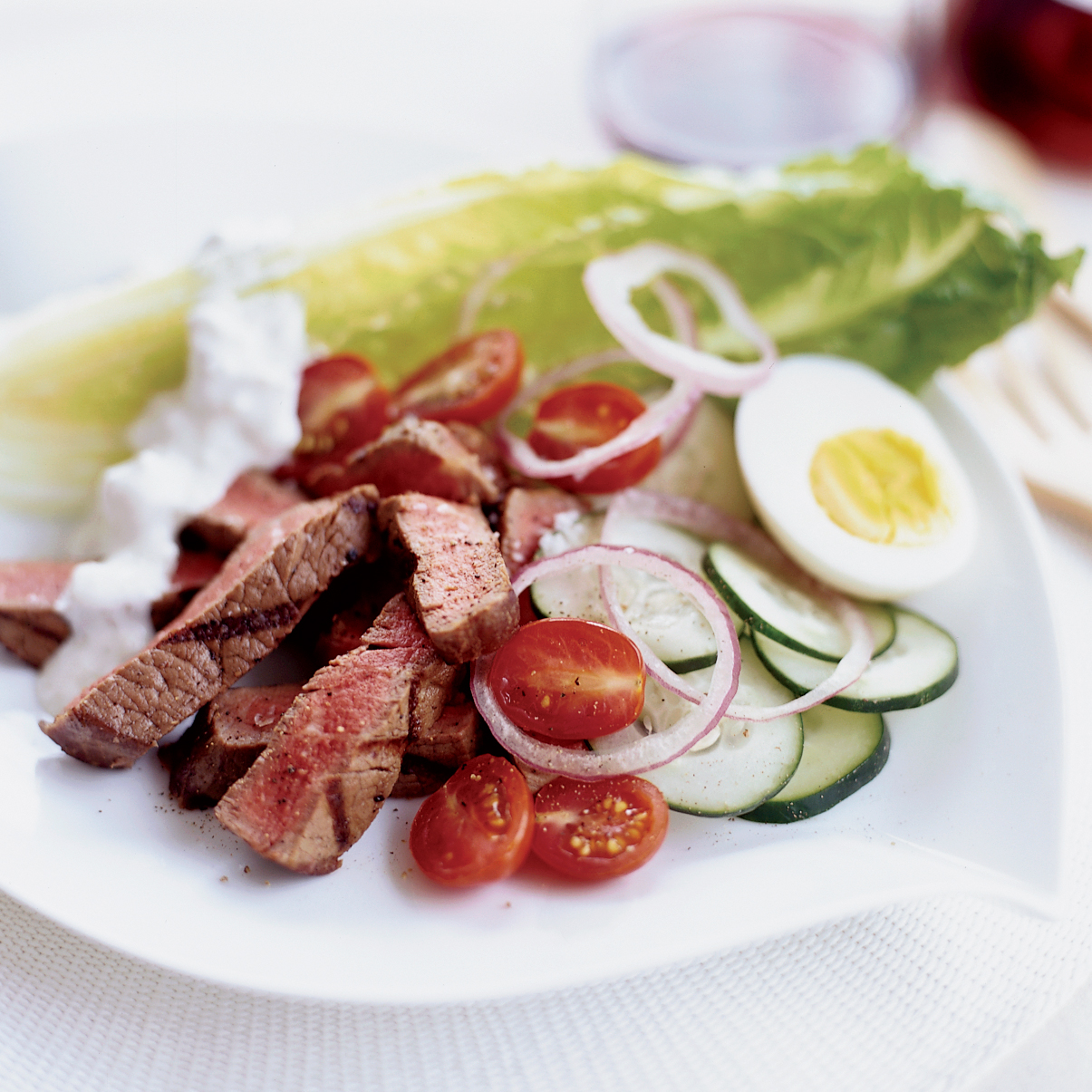 Spicy Steak Salad with Blue Cheese Dressing