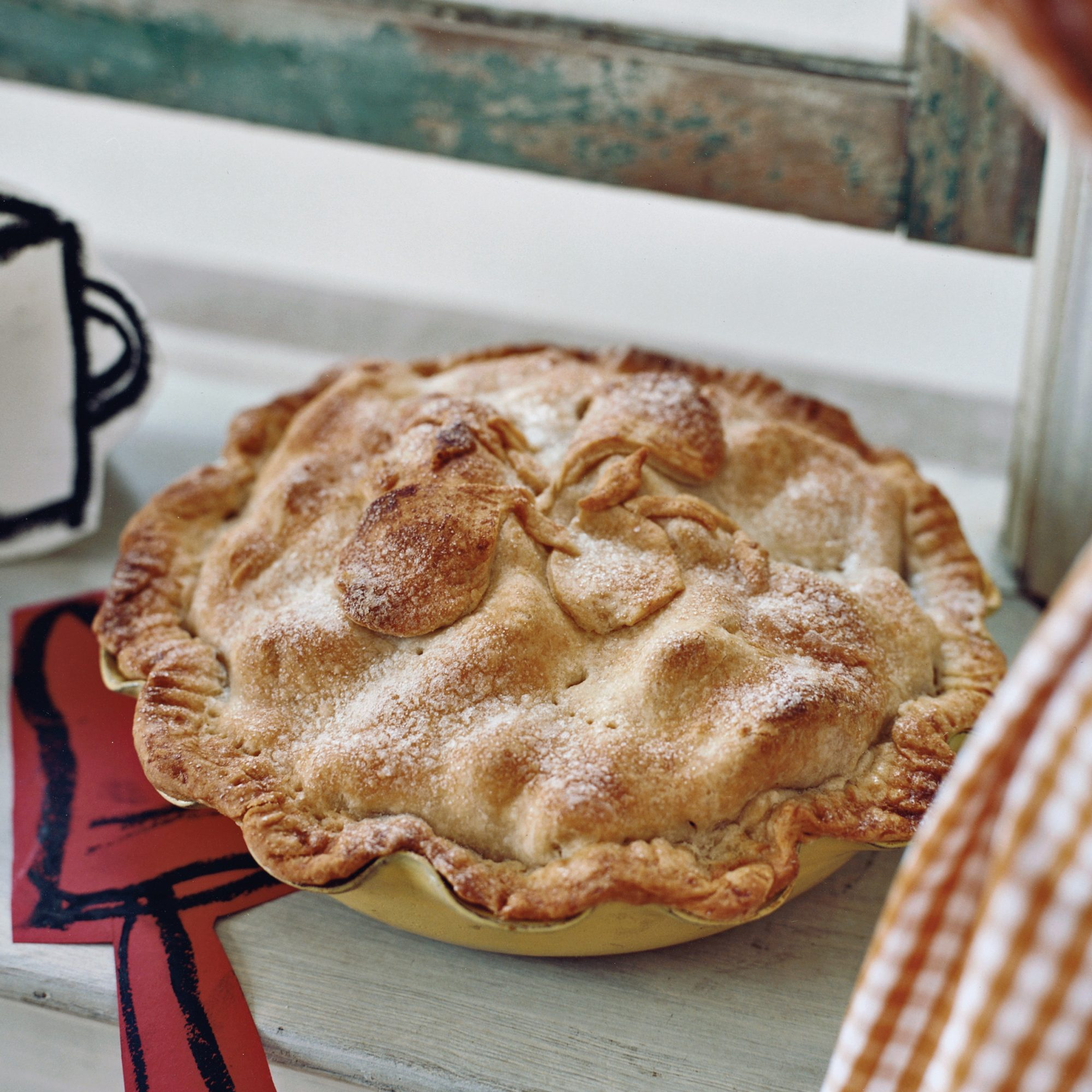 How to Make Pie Crust: Flaky Pear Pie