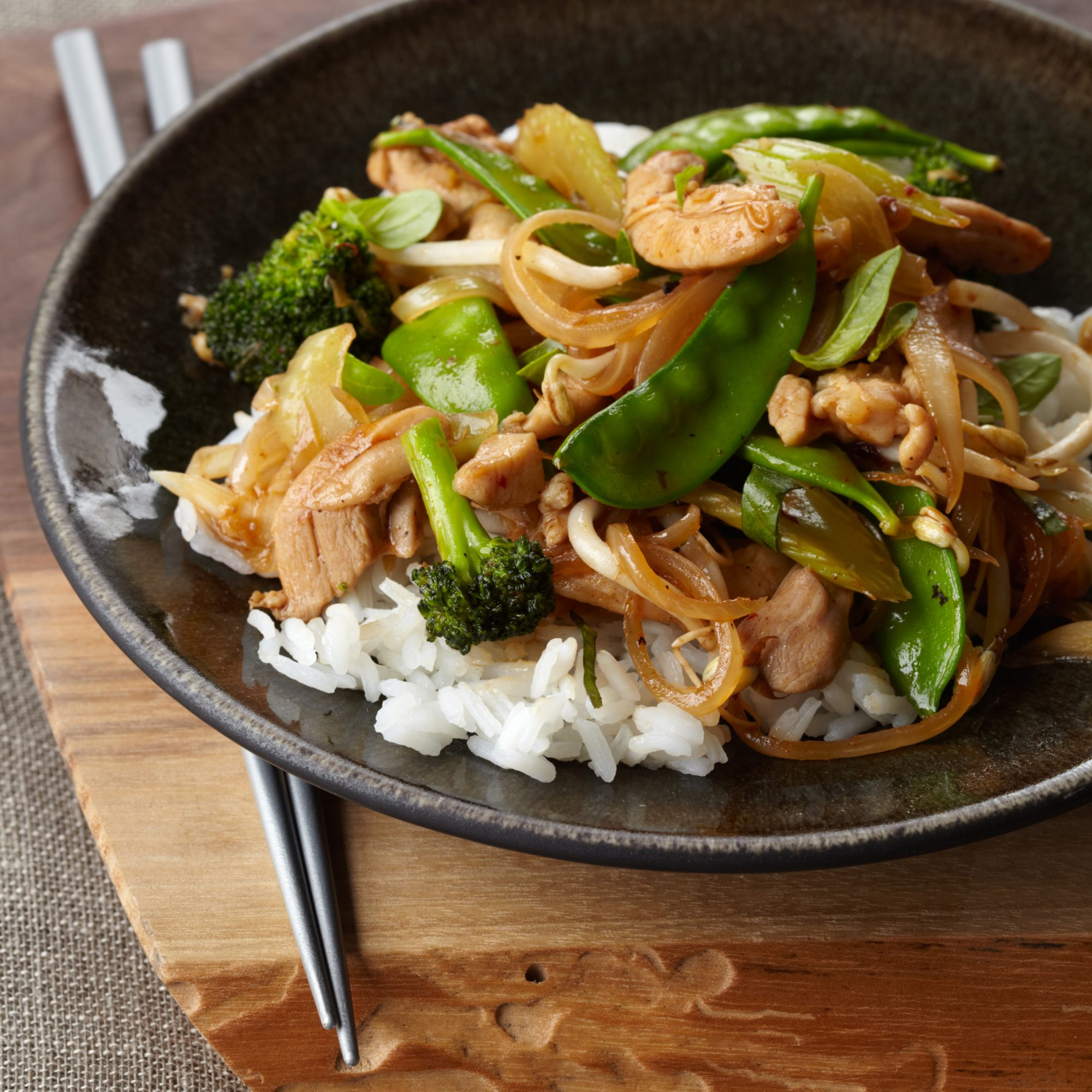 201009-r-vegetable-stir-fry.jpg