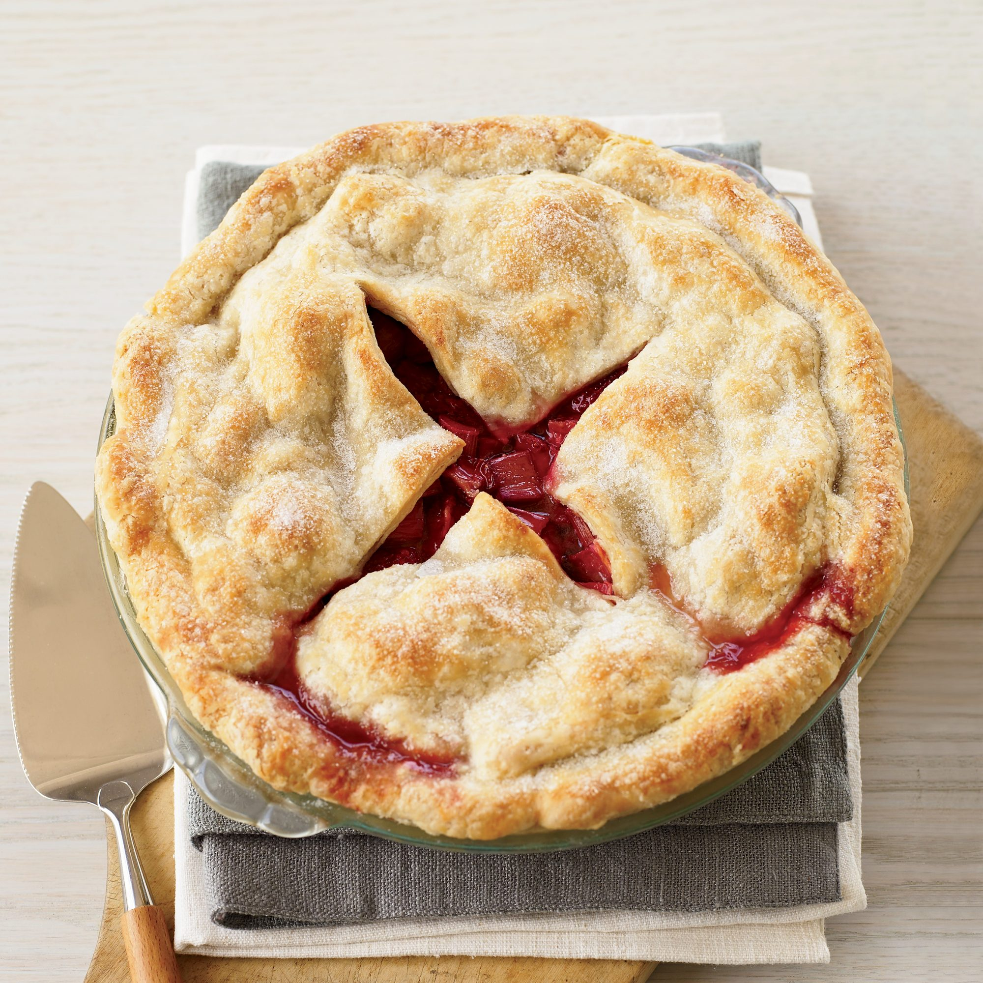 Deep Dish Strawberry-Rhubarb Pie