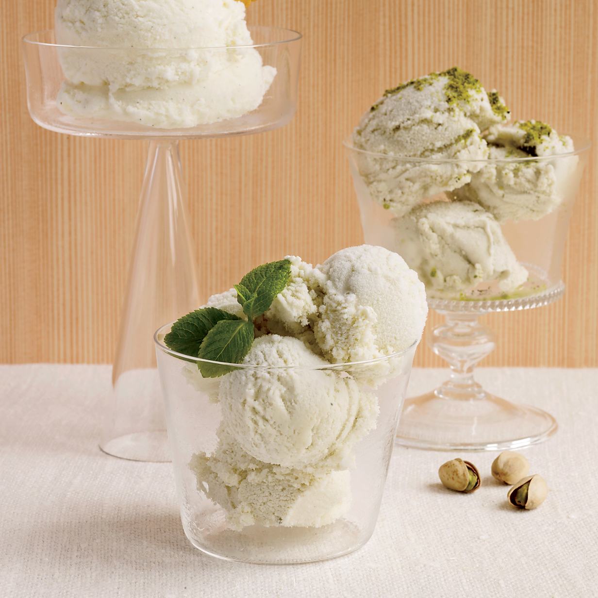 200806-r-pistachio-ice-cream.jpg