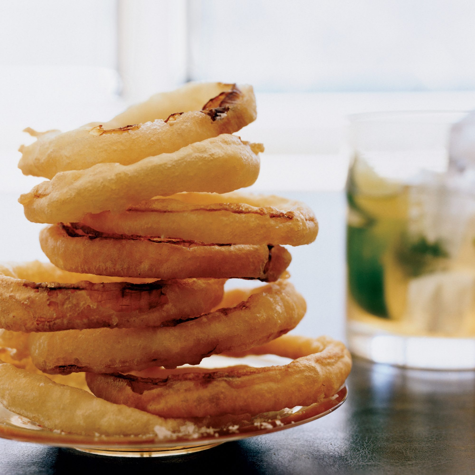 200809-r-crispy-onion-rings.jpg