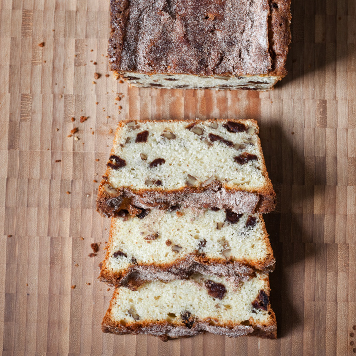 201004-r-strawberry-pecan-bread.jpg