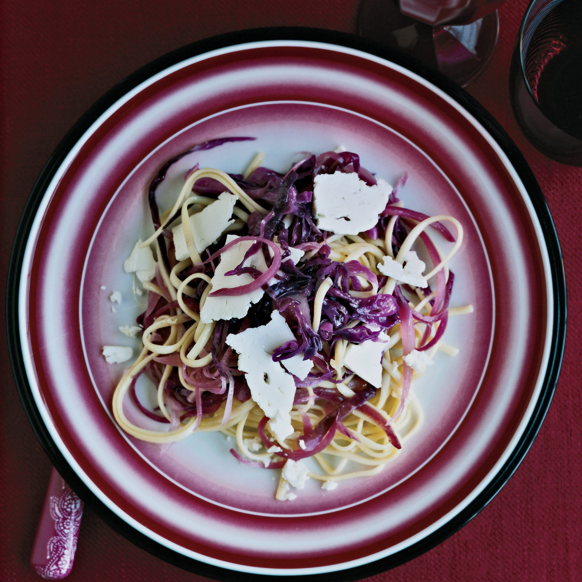 200903-r-linguine-cabbage.jpg