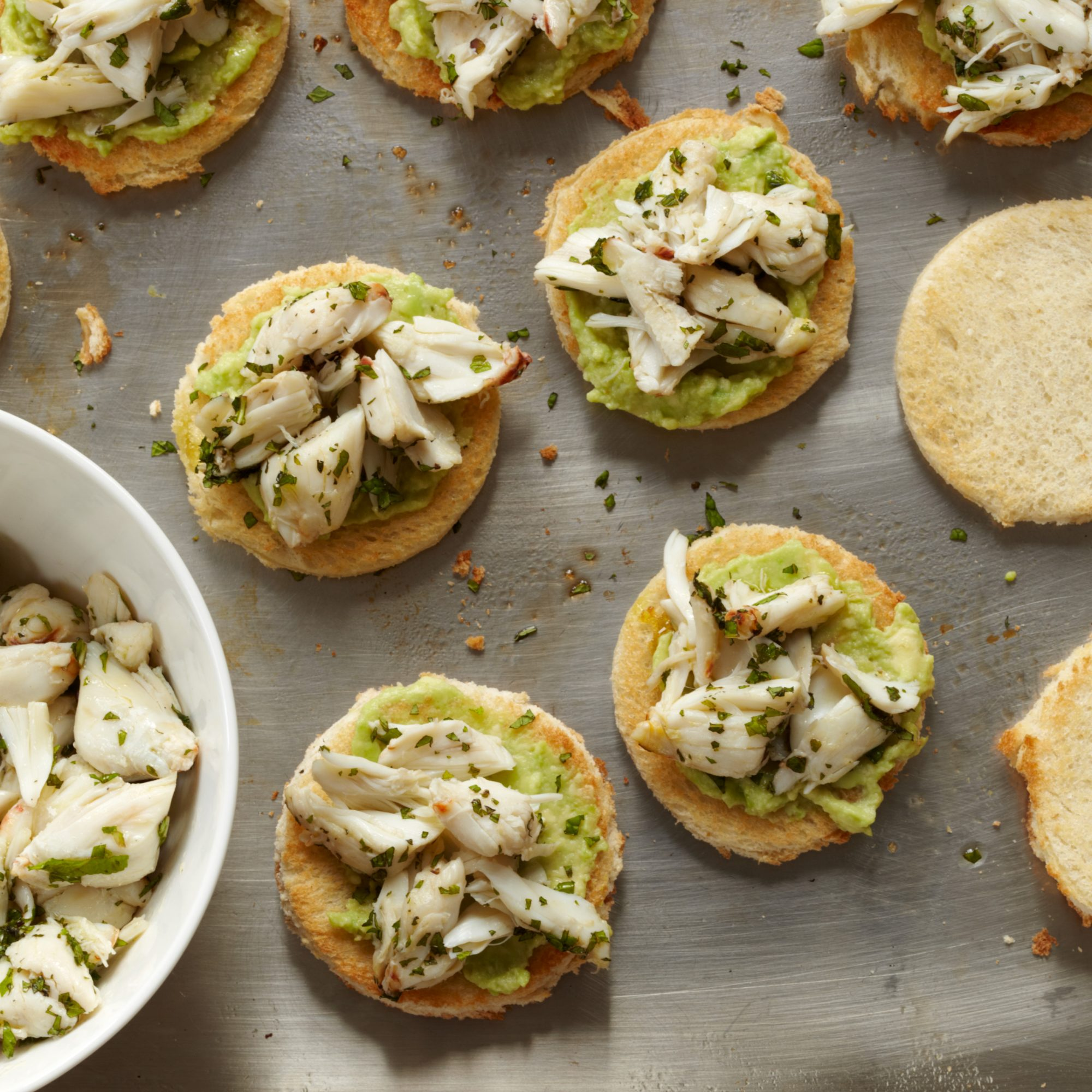 201012-r-crab-avocado-toasts.jpg