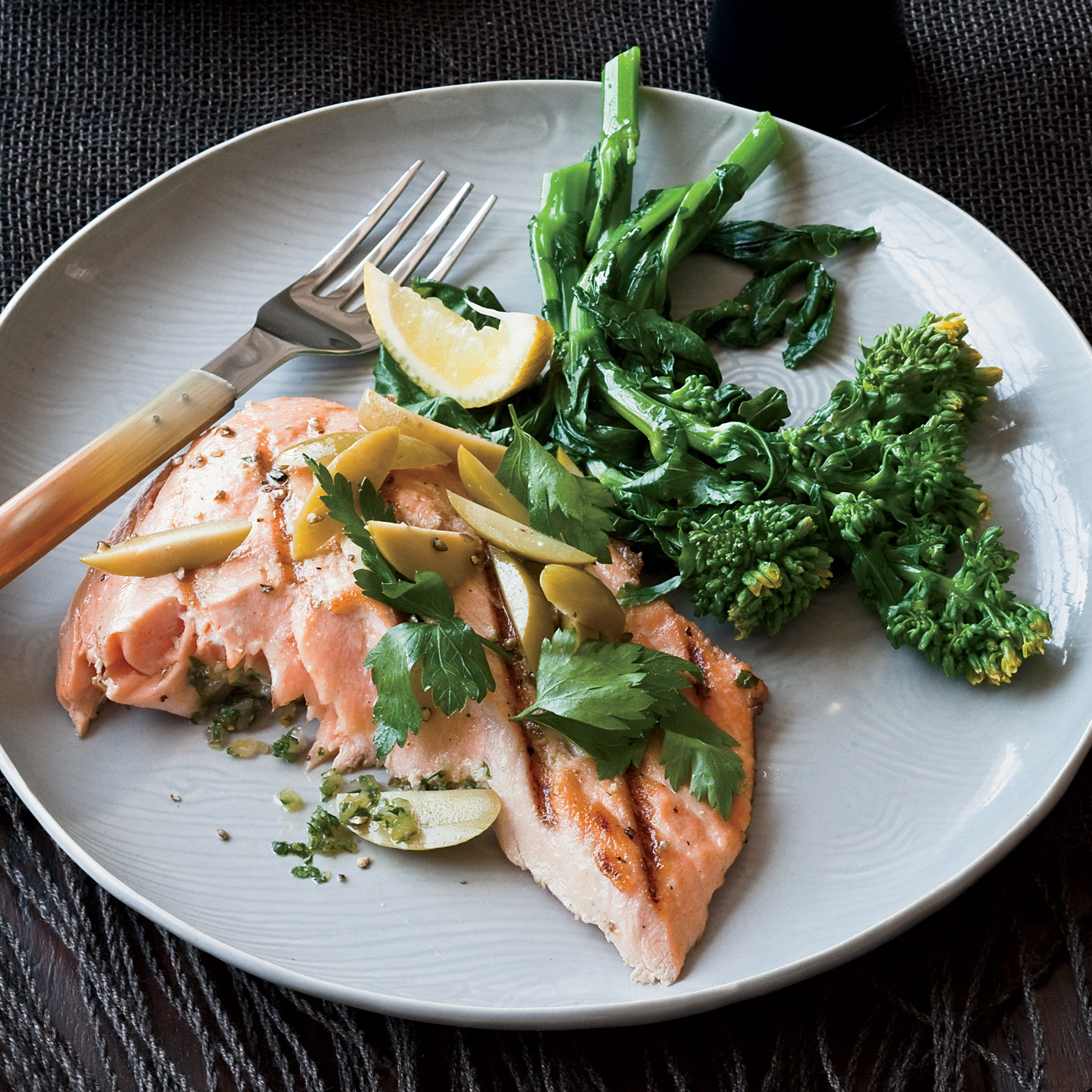 200910-r-grilled-lemon-salmon.jpg