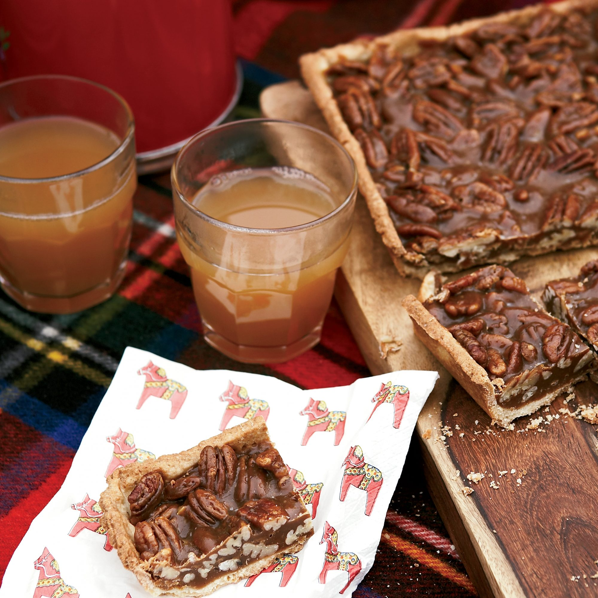 <p>Hot Mulled Cider</p>