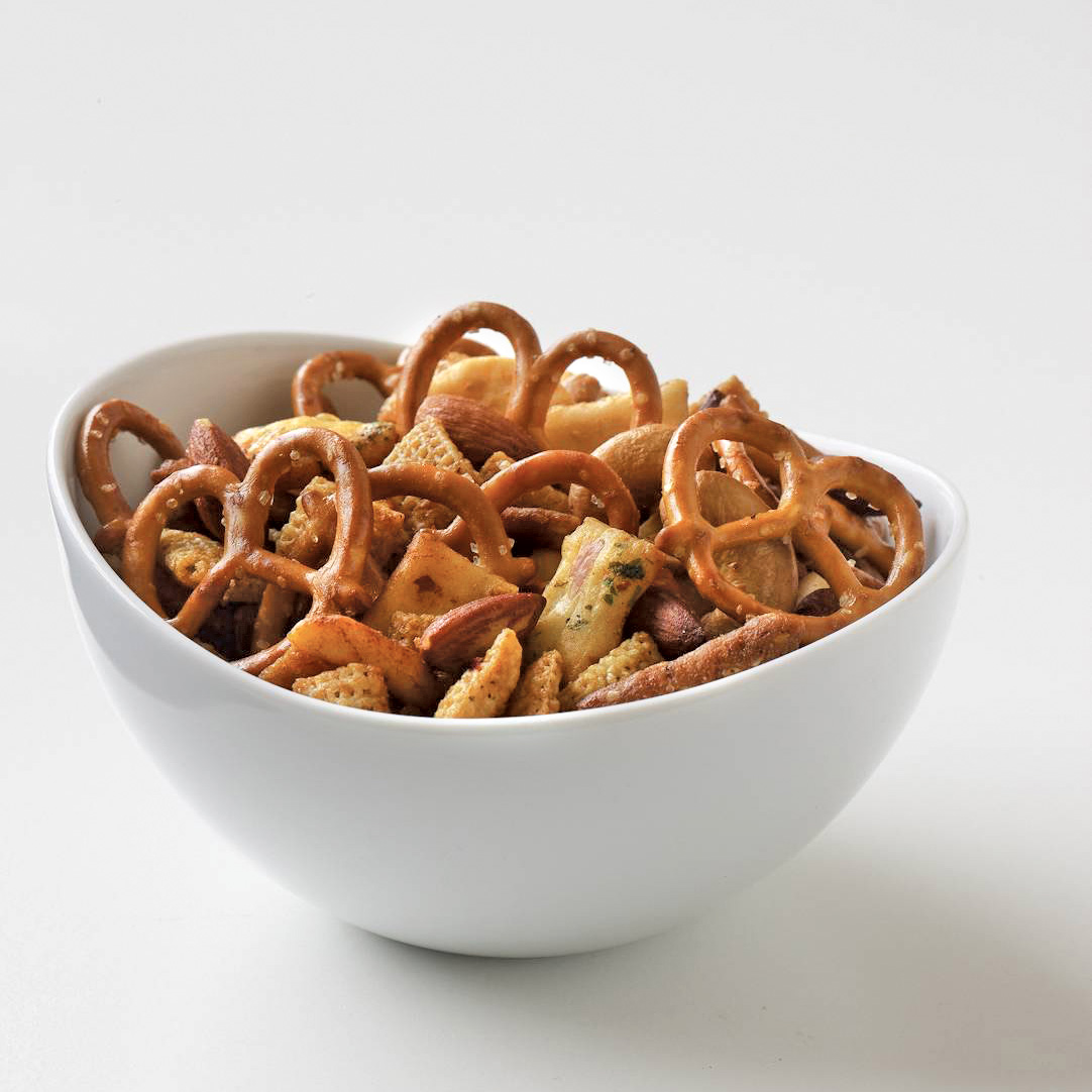 200912-r-maple-soy-snack-mix-2.jpg