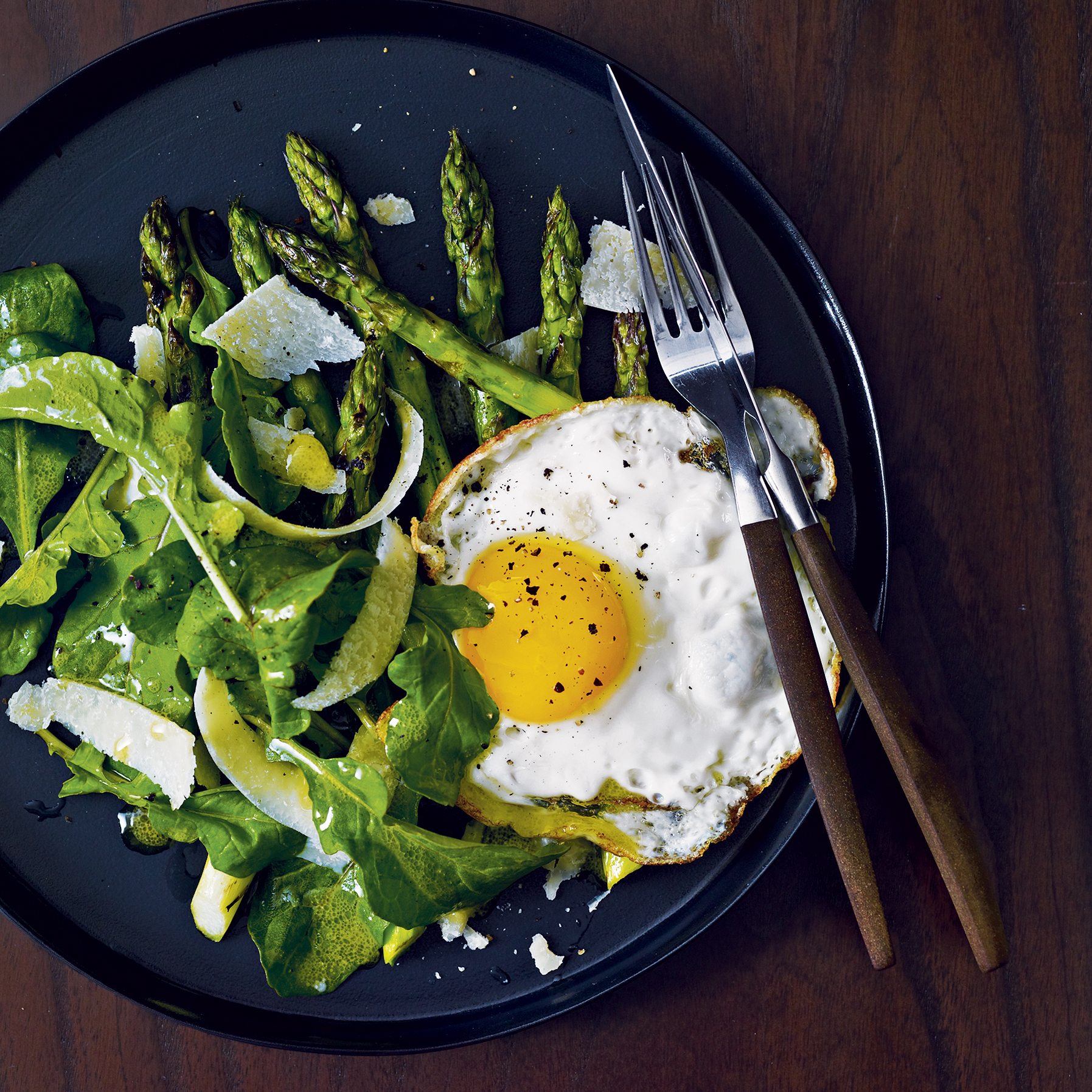 2010-r-cocktail-asparagus-salad-egg.jpg