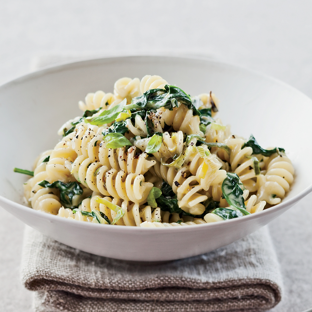 201001-r-fusilli-leeks-and-spinach.jpg
