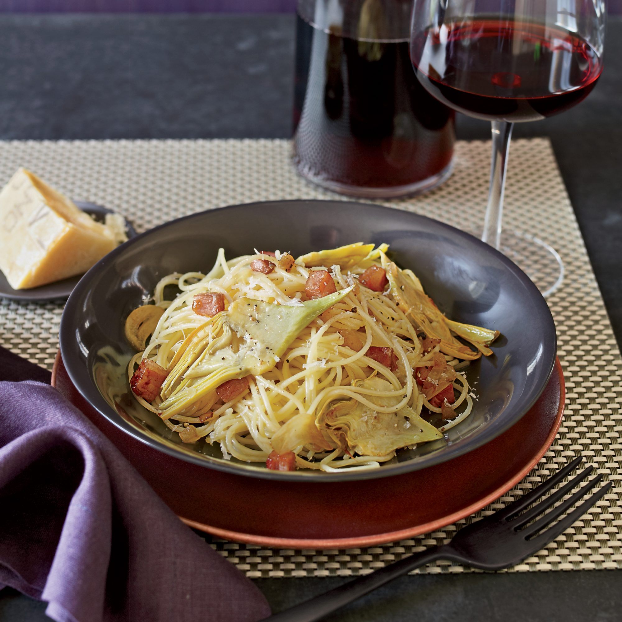 <p>Spaghetti with Artichokes and Pancetta</p>