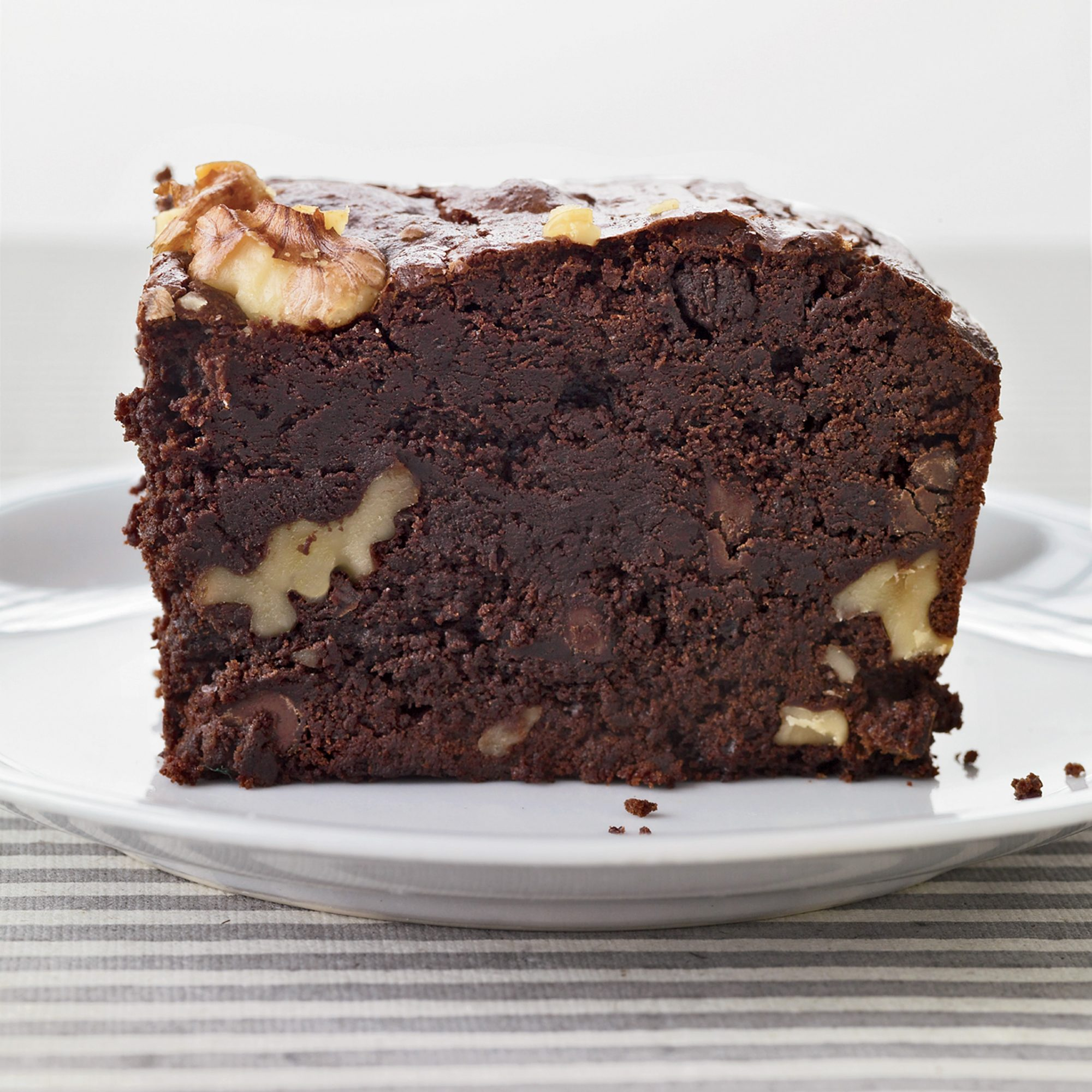 201007-r-jumbo-brownies.jpg