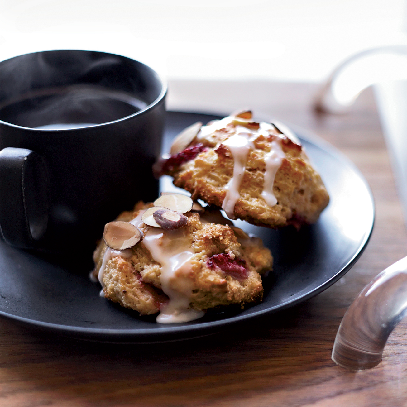 Brunch Recipes: Strawberry-Almond Scones