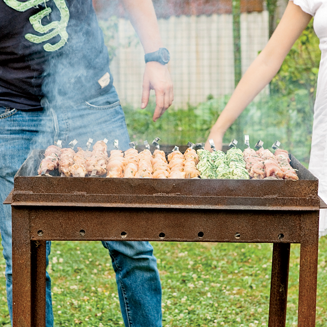 201106-r-pork-shashlik.jpg