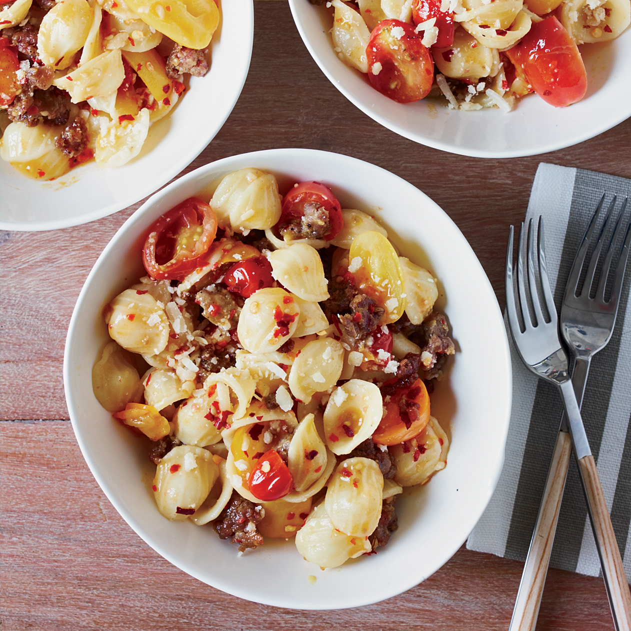 201111-r-orecchiette-with-sausage-and-cherry-tomatoes.jpg