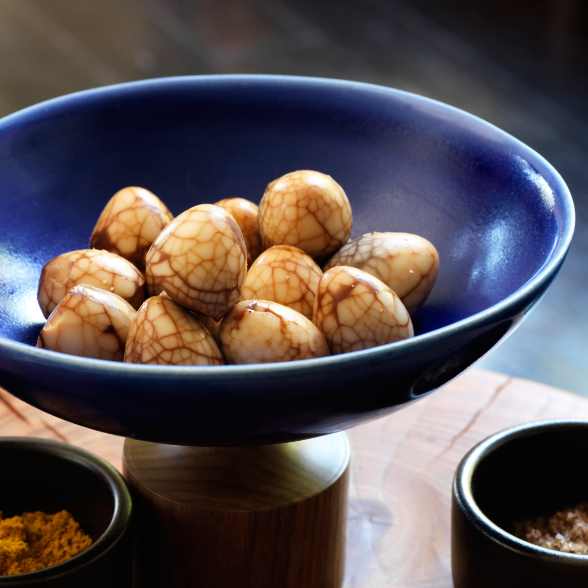 Tea Marbled Quail Eggs With Dipping Salts Recipe Food Amp Wine