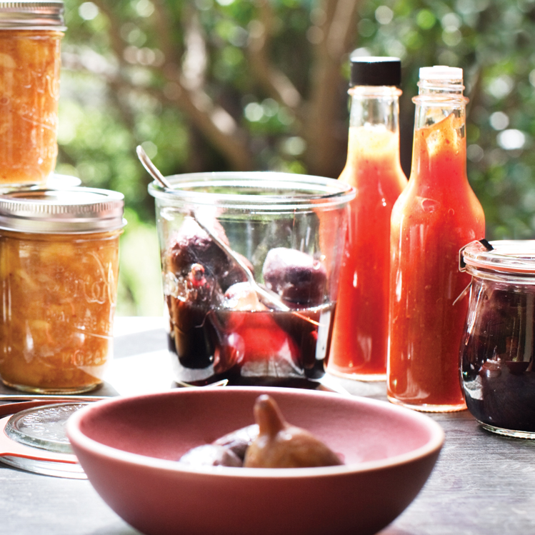 original-201208-r-apricot-chile-hot-sauce.jpg